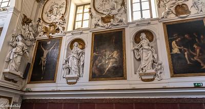 092321.  Oratorio of Rosario di San Domenica.  Totally astounding stucco sculptures by Giacomo Serpotta. The women symbolize different virtues.  (?)