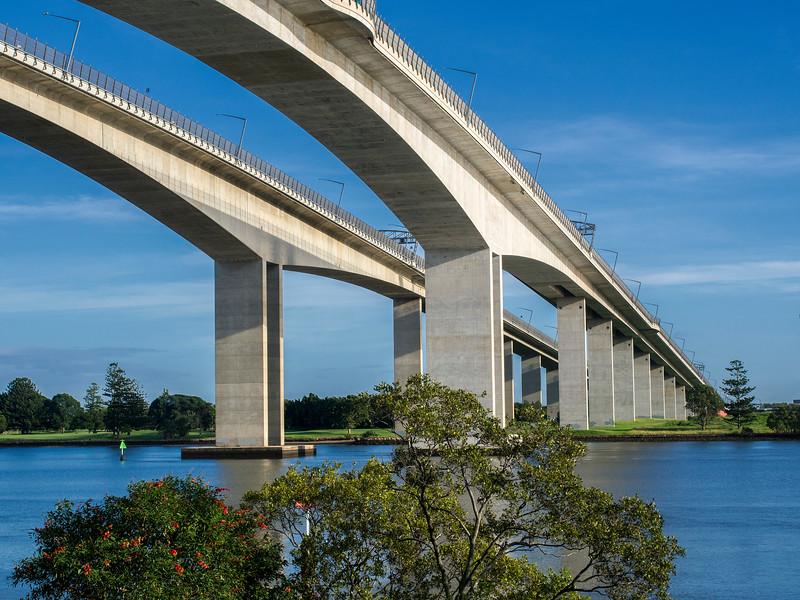 Gateway Bridge (2)