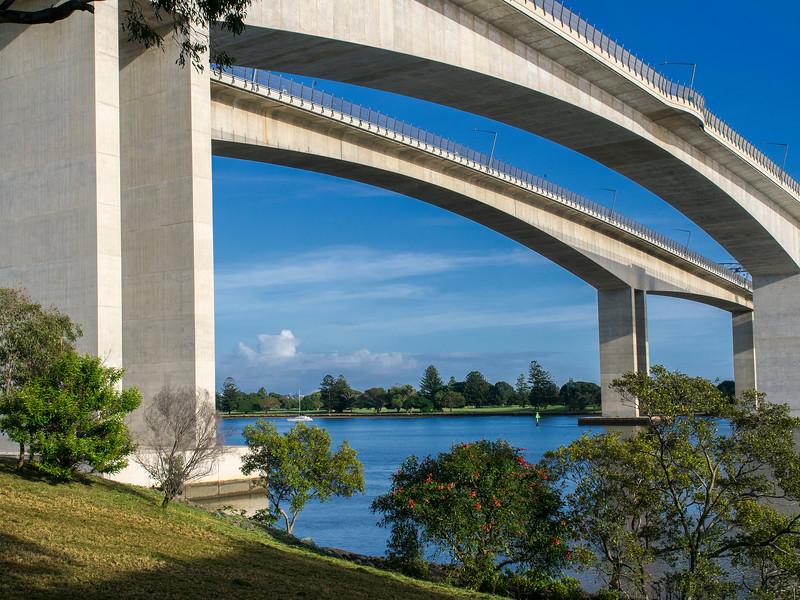 Gateway Bridge (3)
