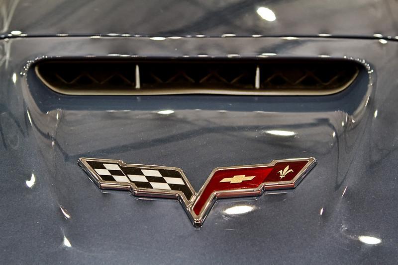 Chevy ZR1 Corvette hood intake