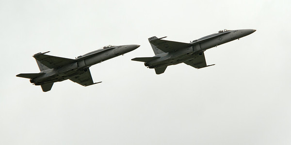 A pair of F-18 Hornets head back to Virginia, their home base<br /> 2011 Cleveland National Air Show