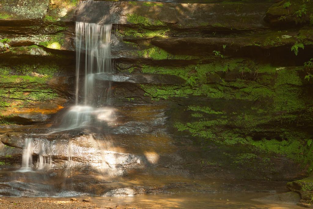 Upper falls, near Old Man's Cave<br /> Hocking Hills State Park