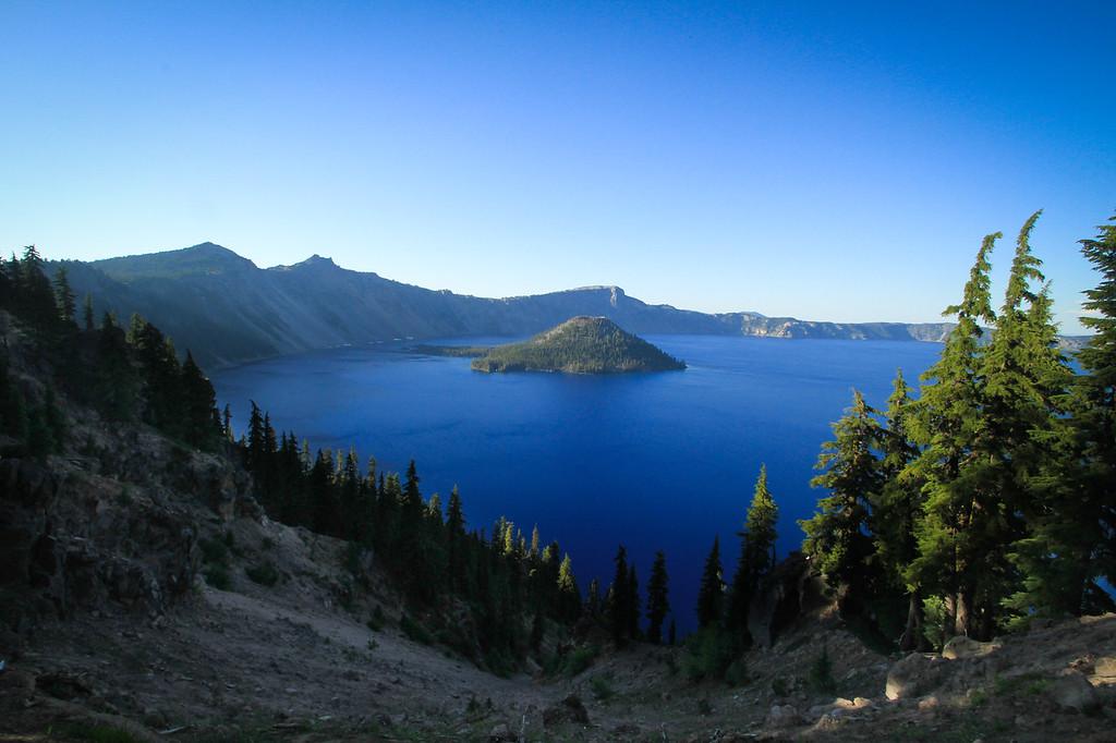 Crater Lake National Park, Cascade Mountains, Oregon, USA