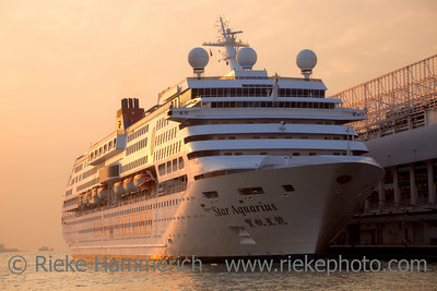 Cruise Ship docked at Ocean Terminal at Sunset - Tsim Sha Tsui, Kowloon, Hongkong
