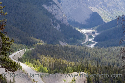 icefields parkway - dream road through the canadian rockies - adobe RGB