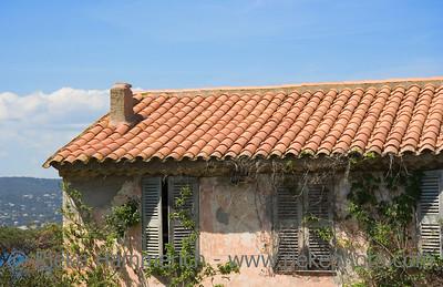 ancient stone cottage - saint-tropez, french riviera - adobe RGB