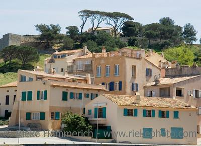 houses in a mediterranean scenery - saint-tropez, french riviera, mediterranean sea - adobe RGB