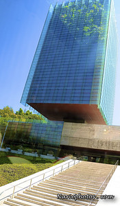 ArchitecturalAwardwinnerbuildingMadridSpain 2010-07-18_07-14-23 -Version2