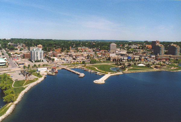 Barrie waterfront shot.  The two matching buildings on the far right are Bayshore Landing Condominiums. We currently live in the one closest to the edge of this pic - 12th floor of the East Tower.