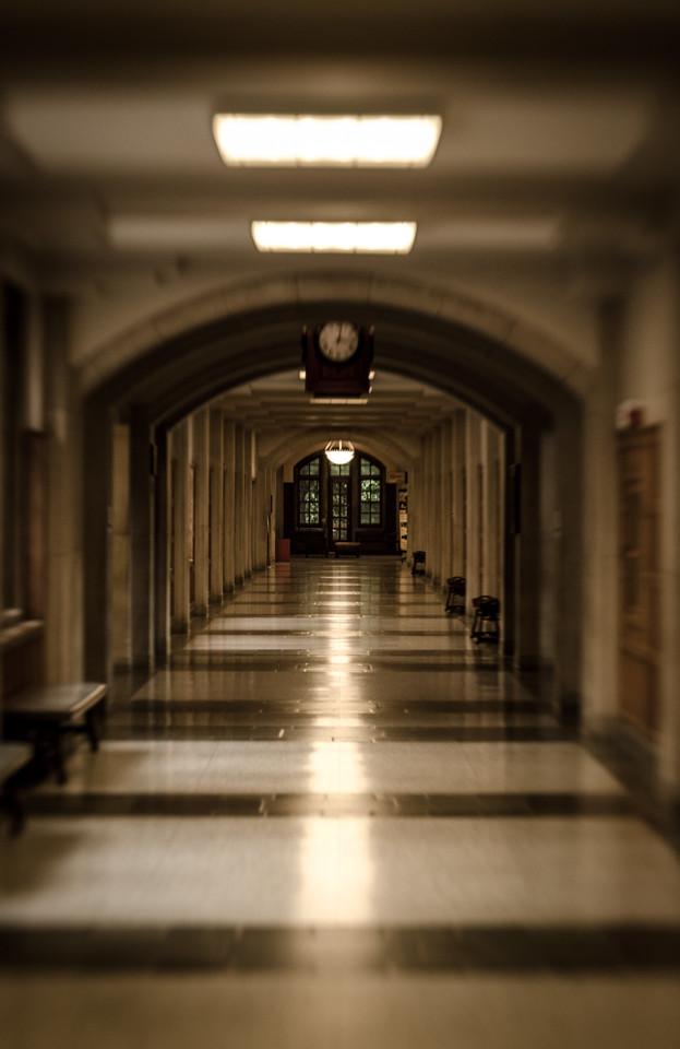 Long Hall 8971