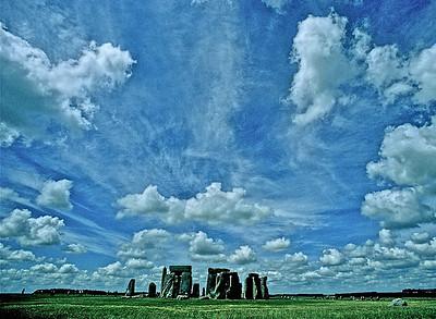 27  Stonehenge big sky