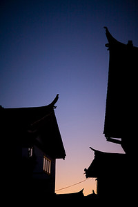 Nigth in Lijiang... First nigth in old town and this picture is taken on the way back to the Hotel.