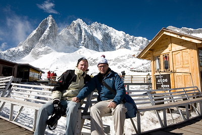 Me and Gustav at the cable car station up at Jade dragon Snow mountain