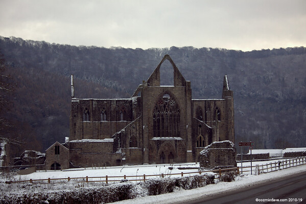 Tintern Abbey 001
