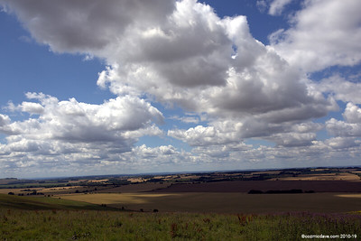 View from The Ridgeway at Hackpen Hill 001