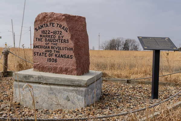 Santa Fe Trail, Olathe KS (8 March 2014)