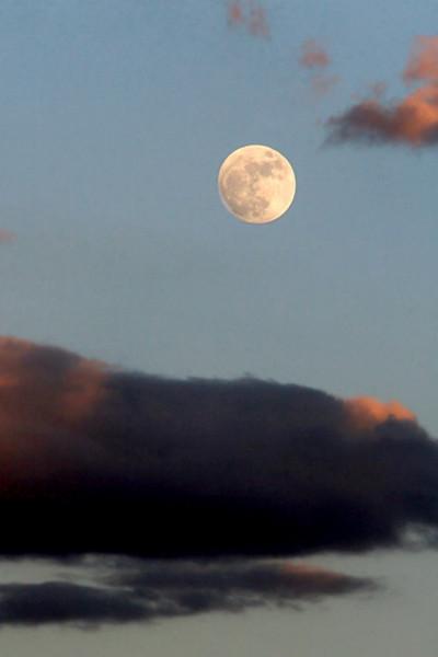 Monument Valley Moonrise 2