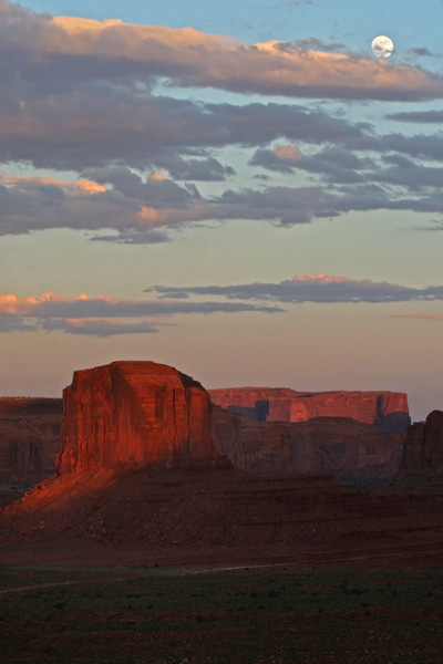 Monument Valley Moonrise