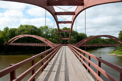Built over the Tittabawassee and Chippewa rivers, The Tridge marks the spot where the two rivers meet.