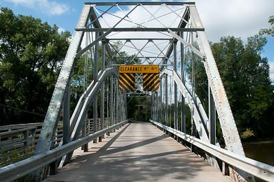 A pedestrian's view of the Upper Bridge.