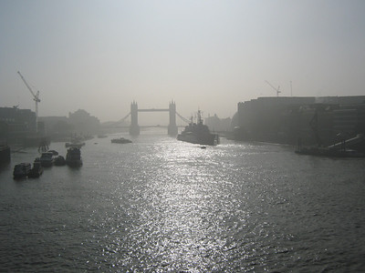 2013 09 05 Mist and sunset in London