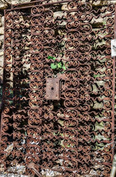 Antique gate