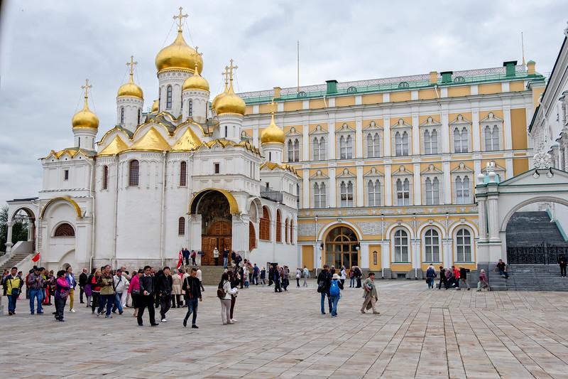 Church of the Twelve Apostles on Kremlin Grounds