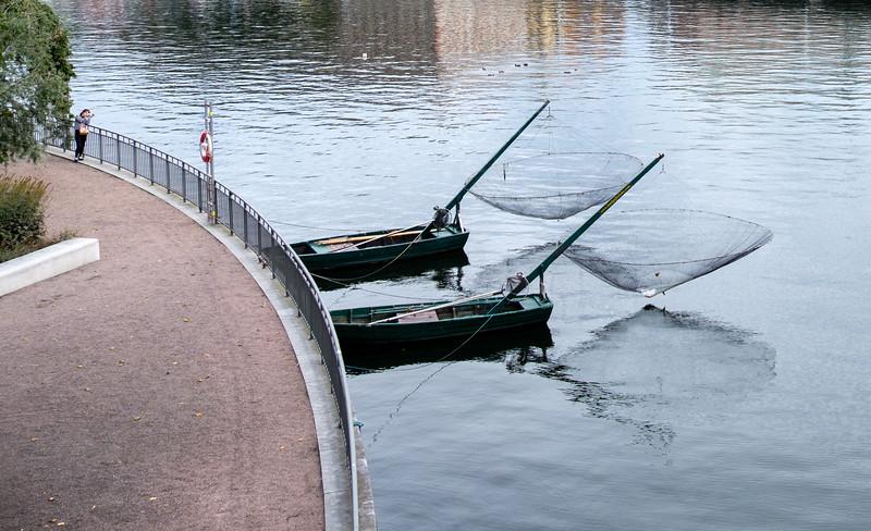 Waiting on the fishermen