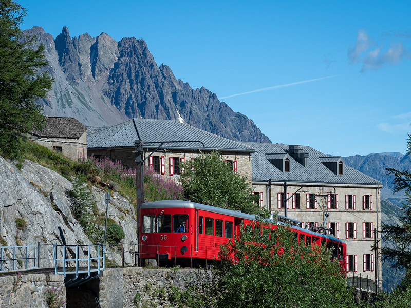 Train heading to Mer de Glace glacier