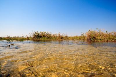 09AZb2941 Africa Botswana Okavango Delta River Seronga