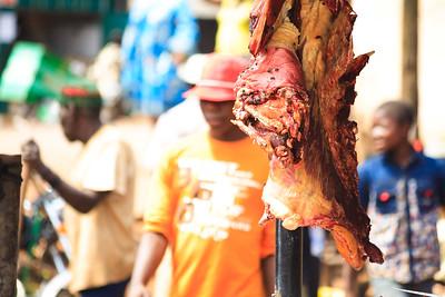 09AZb2441 Africa Cameroon Food Meal Meat Orange Food Wum