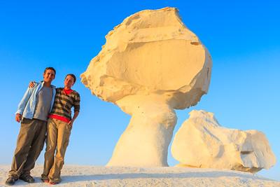 Click here to buy at Alamy. Keywords: Africa Egypt Lu Barnham West White Desert 2009 Lu MyID: 09AZa11688