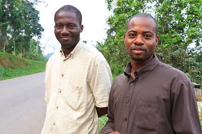 09AZa6946 Africa Gabon Oyem Streets Torso Younger Men