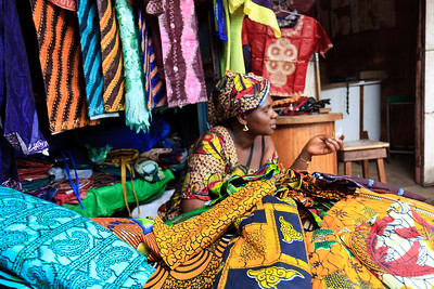 09AZa2501 Africa Bamako Clothes Shop Mali Market Textile
