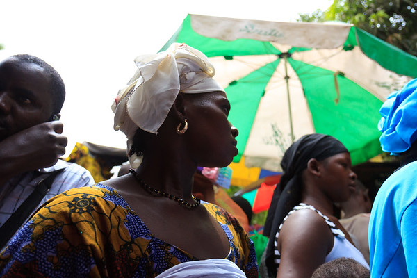 09AZa2472 Africa Bamako Candids Mali Market Street