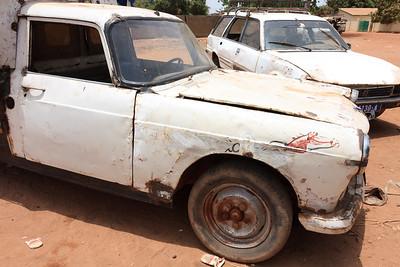 09AZa2338 Africa Basse Santa Su Cars Gambia Taxi Transport
