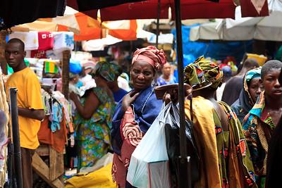 09AZa2471 Africa Bamako Mali Market Street Textile Textiles