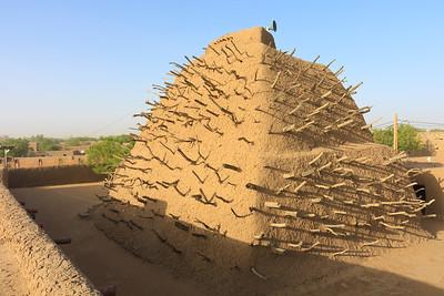 09AZa2923 Africa Gao Islam Mali Faith Tomb of the Askia Tomb