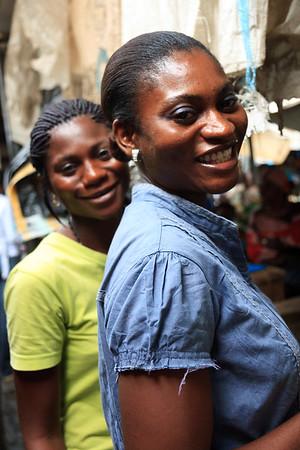 09AZa5378 Africa Calabar Cross River Nigeria Watt Market