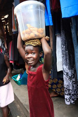 09AZa5373 Africa Balance Calabar Shop Nigera Watt Market