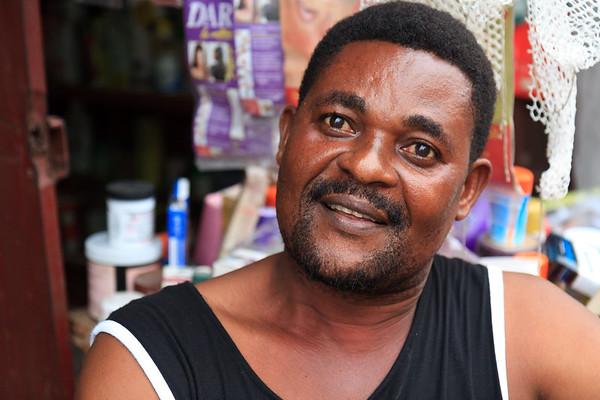09AZa5406 Africa Calabar Cross River Nigeria Watt Market