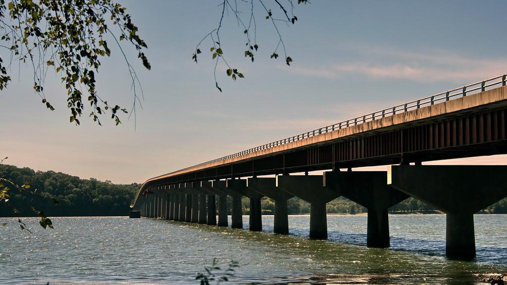 Natchez Trace Bridge over the Tennessee River