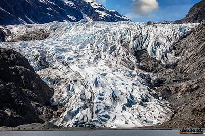 Glacier in Perspective Copyright 2021 Steve Leimberg UnSeenImages Com _Z2A7126 copy