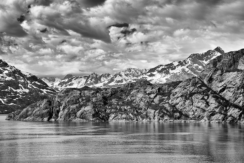 IMAGE: http://www.pete-the-greek.com/Places/Alaska-2012/i-QTMTvMQ/0/L/SDIM6399BW-L.jpg