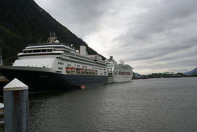 Big Cruise ships