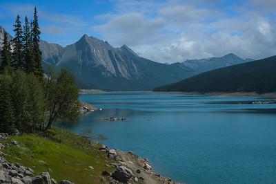 Medicine Lake (Maligne River)