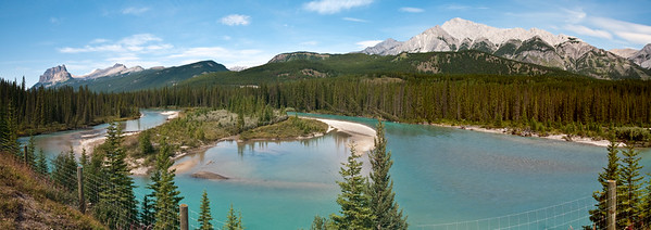This was a beautiful scenic rest stop inside of Banff National Park. I've created a panorama by stictching together four different images.