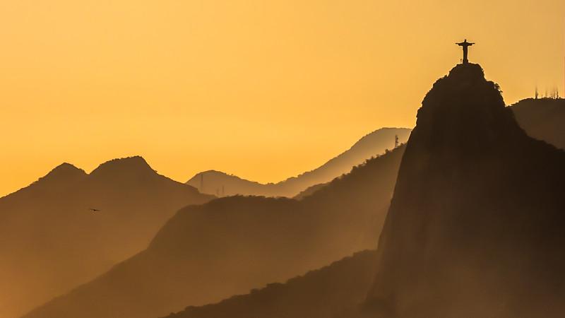 A glimpse of Corcovado