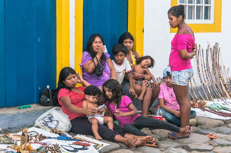 Amazonian family in paraty