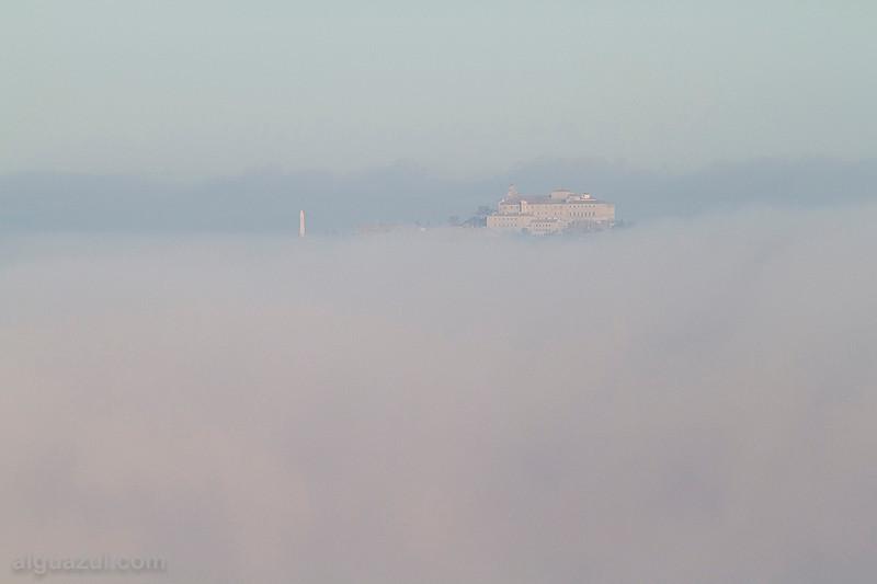 El Santuario entre nubes